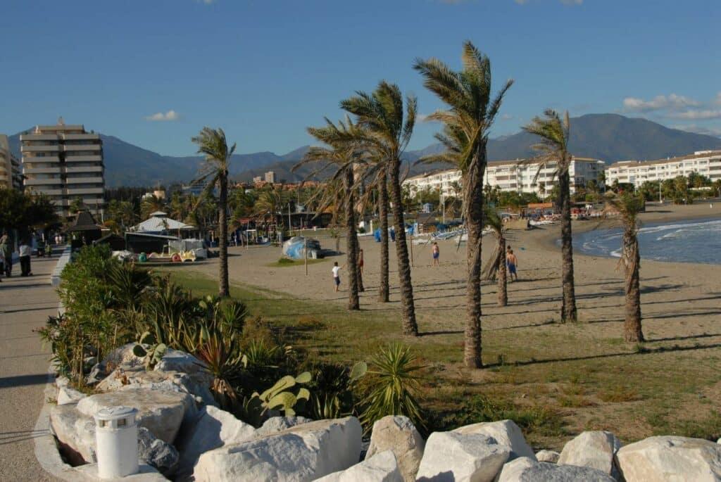 PUERTO BANÚS mejores playas de la Costa del Sol