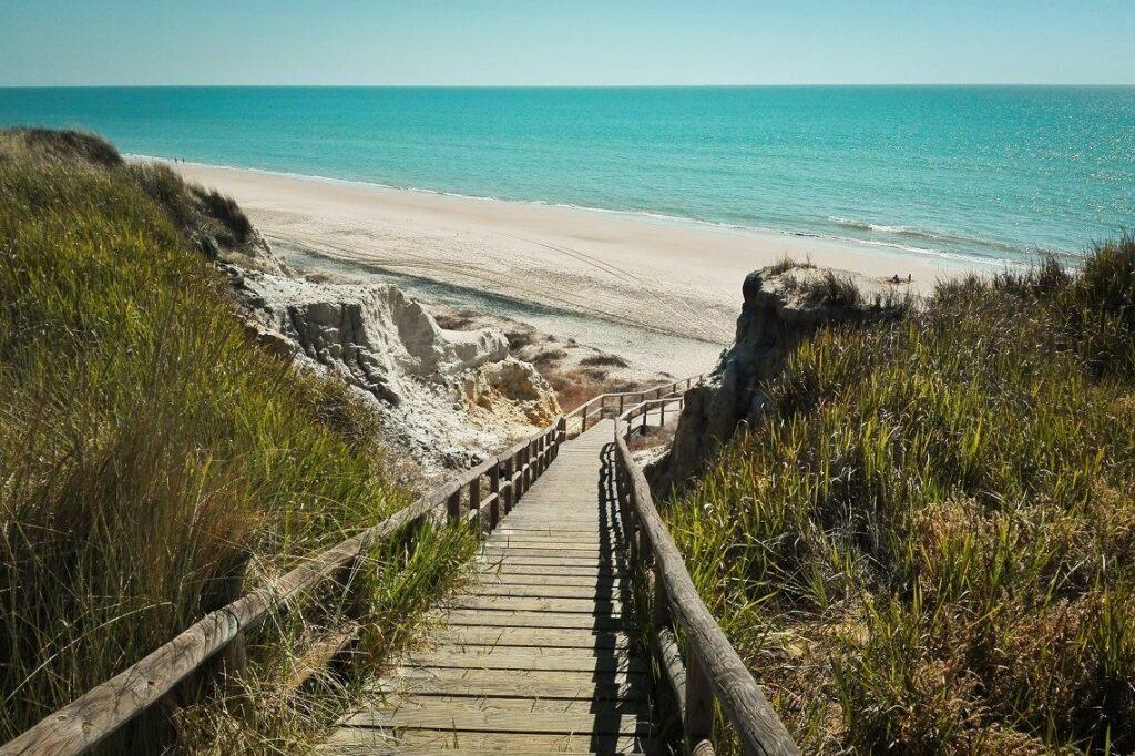 Cuesta Maneli mejores playas de Huelva