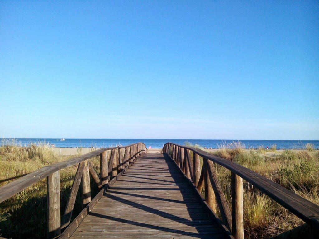 Punta del Moral mejores playas de Huelva